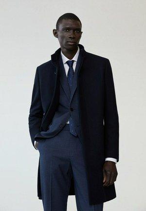 Klassinen takki - dunkles marineblau