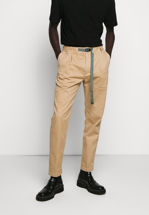 BUCKLE PANT - Trousers - sesame