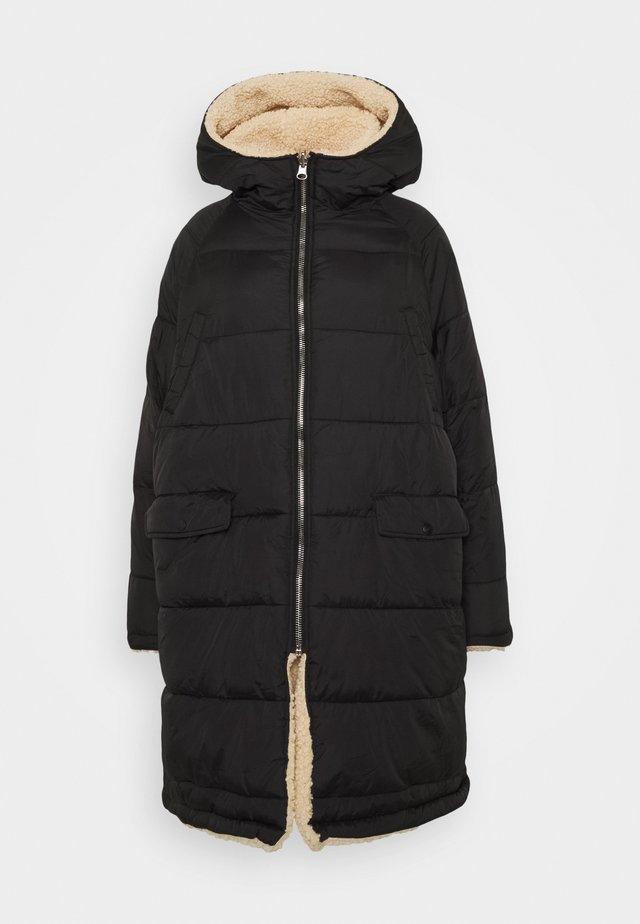 REVERSIBLE BORG LINING - Zimní kabát - black/beige