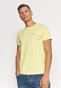 Tommy Hilfiger - SLUB TEE - Basic T-shirt - yellow - 0