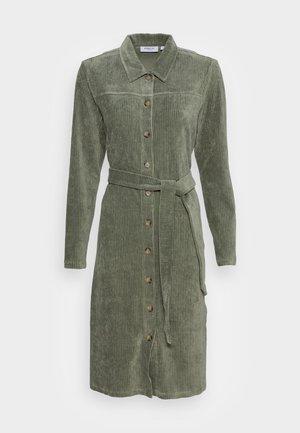 IBINE FLORINA DRESS - Blousejurk - agave green