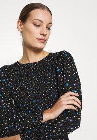 Dorothy Perkins - SMOCKED MIDI  - Day dress - black - 5
