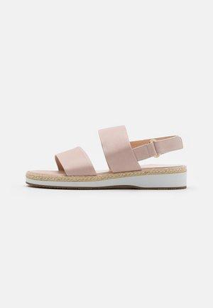 RENATA - Sandály na platformě - powder foulard
