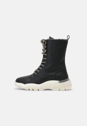 LEYRE VEGAN - Winter boots - black