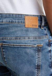 DRYKORN - JAZ - Slim fit jeans - light blue denim - 4