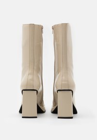 Jeffrey Campbell - TESTINO - High heeled boots - ivory box - 3