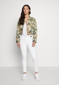 G-Star - CORE OVVELA - Print T-shirt - white - 1