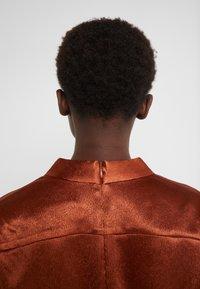 Three Floor - SUNSET DRESS - Vestido de cóctel - bronze - 4
