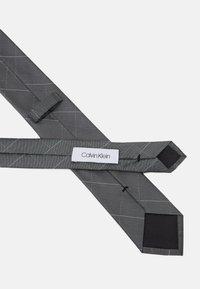 Calvin Klein - LARGE NETTED GRID TIE - Tie - grey - 2
