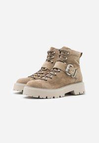 Kennel + Schmenger - POWER - Platform ankle boots - biscuit - 2