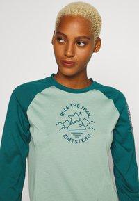 Zimtstern - PUREFLOWZ  - Funktionsshirt - granite green/pacific green/blush - 4