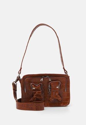 ELLIE - Handbag - cognac