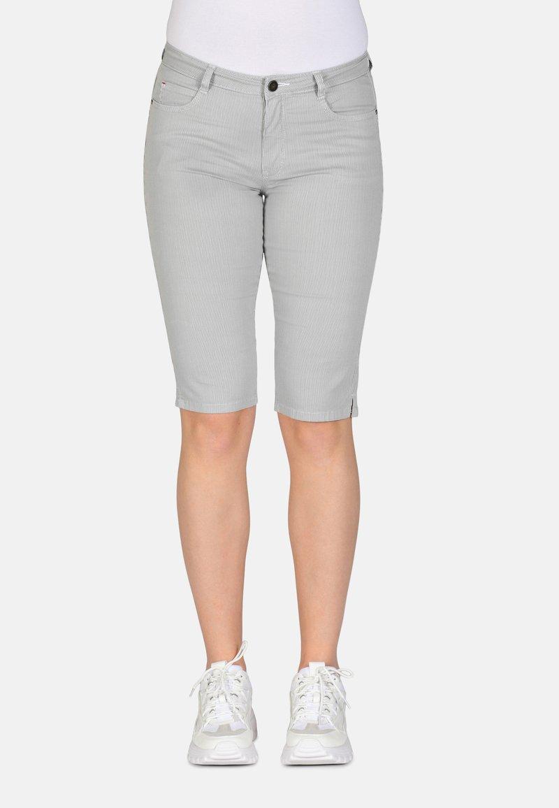Cero & Etage - Shorts - petit stripe