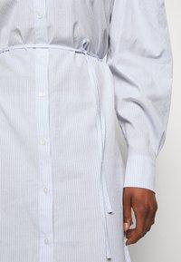 DESIGNERS REMIX - UMBRIA DRESS - Shirt dress - cream/blue - 6
