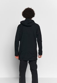 Columbia - EAST PARK™ MACKINTOSH JACKET - Kurzmantel - black - 2