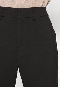 Kaffe - KAMERLE 7/8 PANTS - Kalhoty - black deep - 5