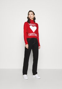 ONLY - ONLXMAS LOVE - Jumper - high risk red - 1