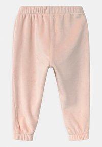 GAP - COZY  - Trousers - milkshake pink - 1