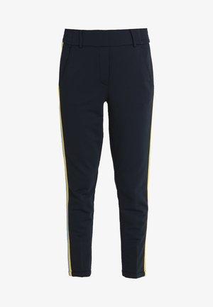MADENI GALON - Pantalon classique - simply blue