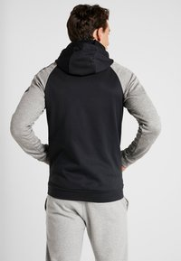 Nike Performance - Jersey con capucha - black/dark grey heather/smoke grey - 2