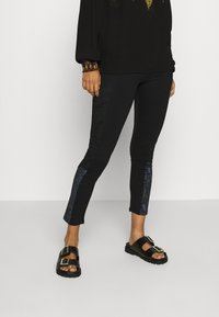 Desigual - PANT SNAKE LADY - Leggings - Trousers - black - 0