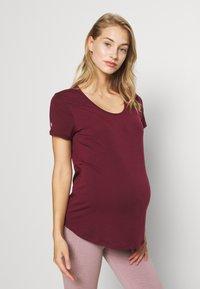 Cotton On Body - MATERNITY GYM TEE - Camiseta básica - mulberry - 0