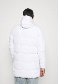 CLOSURE London - LONG PUFFER PARKA - Winter coat - white - 2