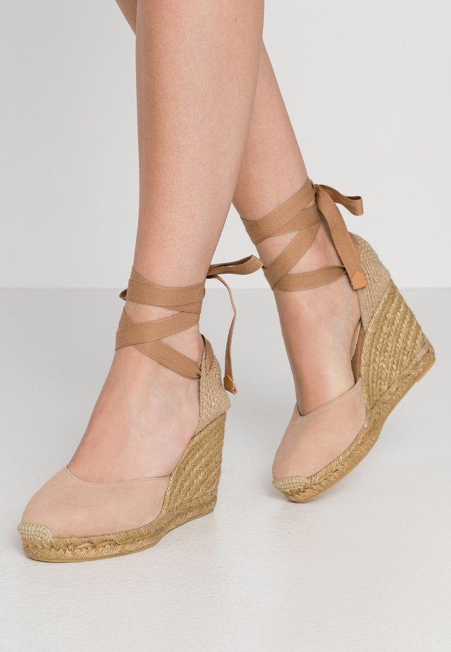 MUSCHETT - Wedge sandals - bone