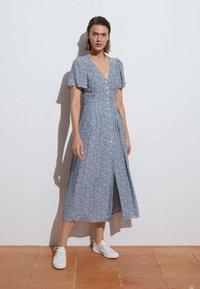 OYSHO - Shirt dress - blue - 0