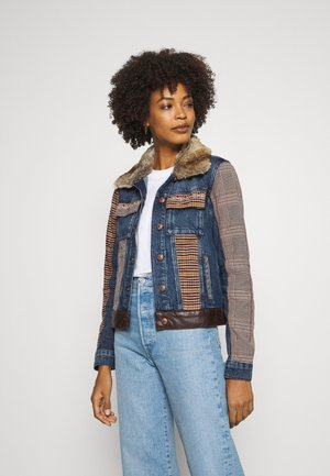 CHAQ ALMU - Veste en jean - denim light