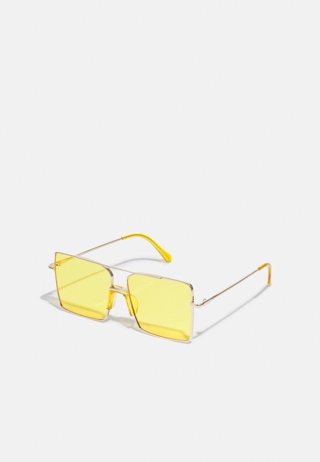 ONSSUNGLASSES UNISEX - Sunglasses - yellow