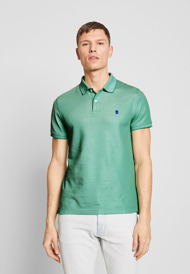 PERFORMANCE - Polo shirt - greem spruce