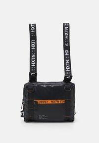 HXTN Supply - PRIME UNISEX - Mochila - delta - 0
