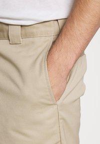 Carhartt WIP - MASTER DENISON - Shorts - wall rinsed - 4