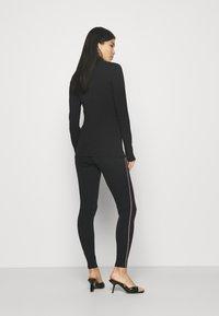 Marks & Spencer London - SIDE STRIPE - Leggings - Trousers - black - 2