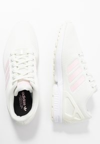 adidas Originals - ZX FLUX - Trainers - white/clear pink/core black - 3