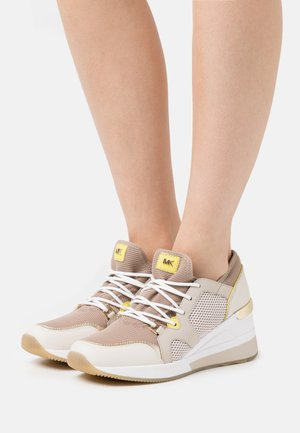LIV TRAINER - Zapatillas - truffle multicolor