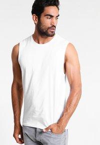 Zalando Essentials - Top - white - 0