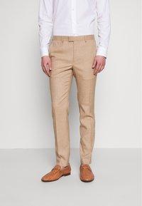 Topman - DAX DENZEL - Pantaloni eleganti - stone - 0