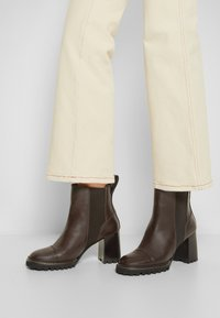 See by Chloé - MALLORY - High heeled ankle boots - dark brown - 3