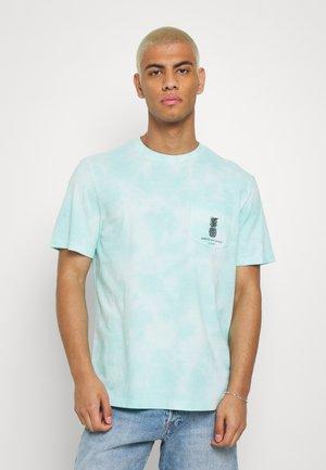 SET IN TIE DYE - T-shirt print - green