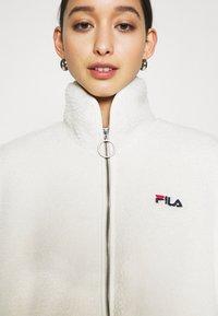 Fila - SARI SHERPA JACKET - Winter jacket - eggnog - 4