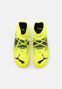 Puma - FUTURE Z 3.1 TT - Astro turf trainers - yellow alert/black/white - 3