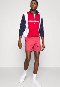 Polo Ralph Lauren - 6-INCH POLO PREPSTER TWILL SHORT - Shorts - chili pepper - 3