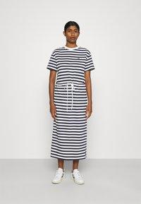 Lacoste - Jersey dress - navy blue/flour - 0