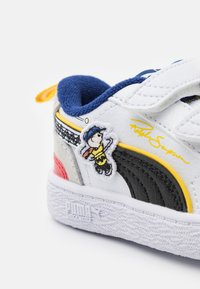 Puma - PEANUTS RALPH SAMPSON UNISEX - Matalavartiset tennarit - white/black - 5