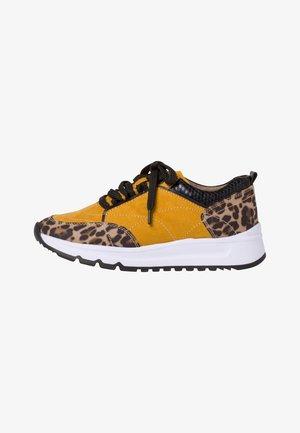 SNEAKER - Sneakers laag - saffron