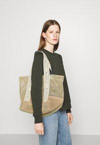 BLANCHE - TOTE LOGO - Tote bag - sorbet - 0