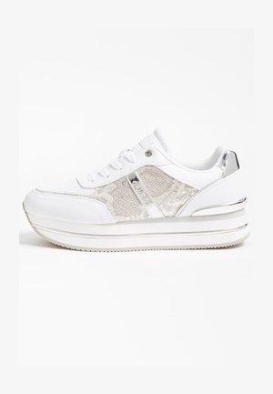 RUNNER DAFNEE PYTHONPRINT - Sneakersy niskie - weiß