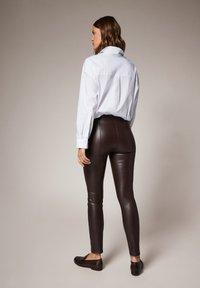 comma - Leggings - Trousers - brown - 2